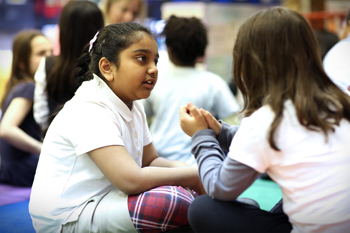 listen to a talk_6 Easy Ways to Improve Turn Talk for Student Language Development - Childrens ...