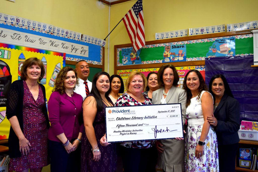 Provident Bank donate $15,000 for CLI Services in Kearny, NJ